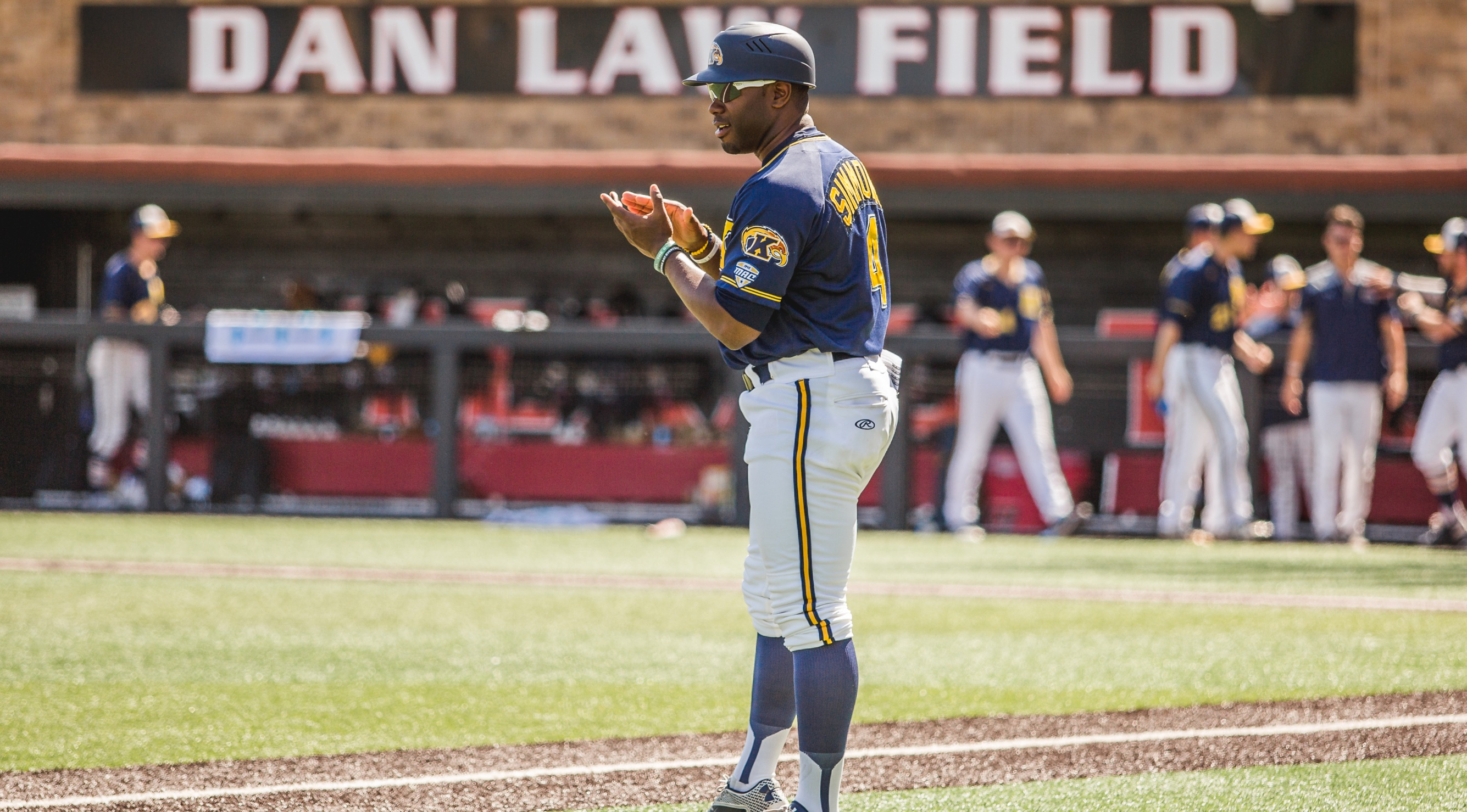 As Colleges Educate Players On >> Diversity In The Dugout Is Still A Rarity In College Baseball